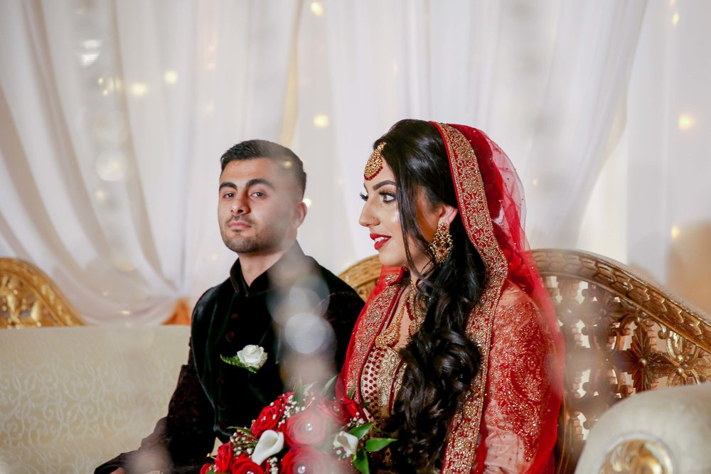 Female-asian-wedding-photographer-Cardiff-City-Hall-natalia-smith-photography-27.jpg