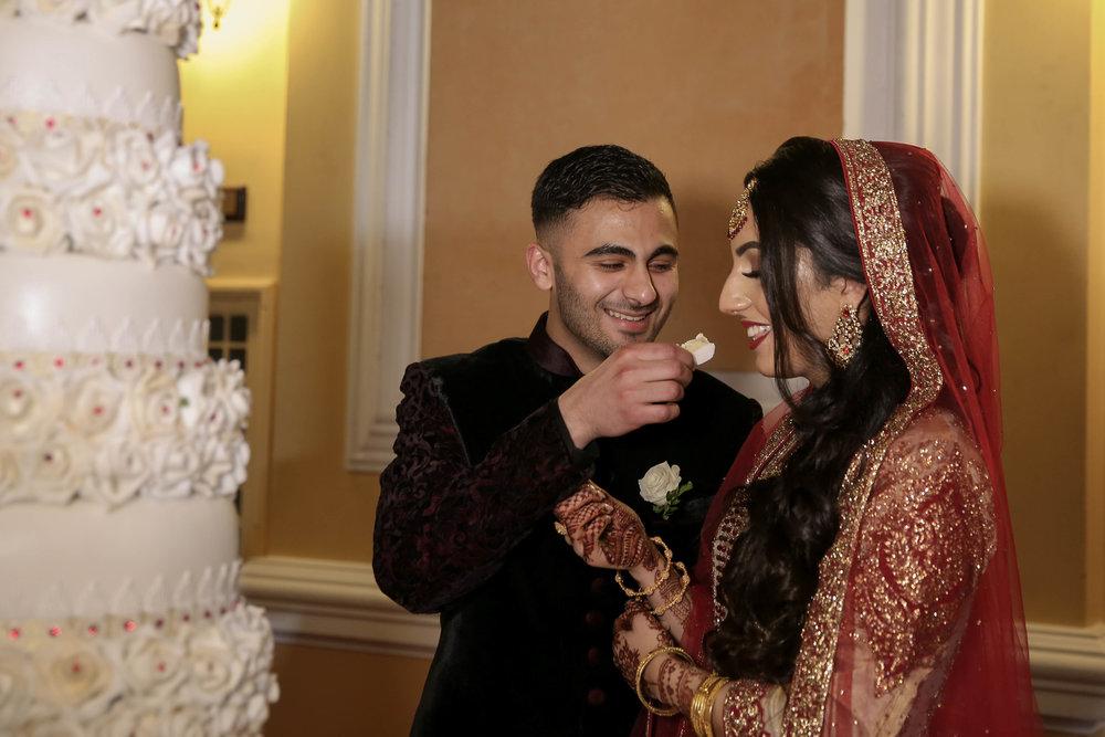 Female-asian-wedding-photographer-Cardiff-City-Hall-natalia-smith-photography-44.jpg