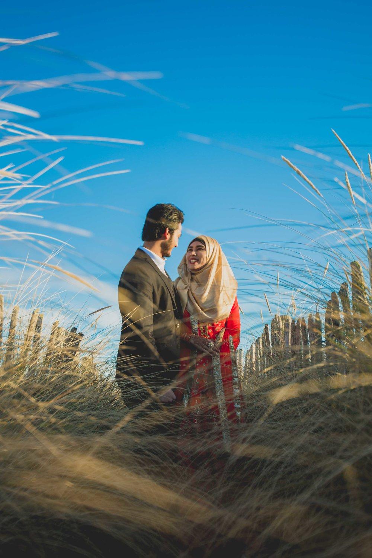 newcastle-beach-lighthouse-couple-prewedding-pre-wedding-shoot-asian-wedding-photographer-natalia-smith-photography-3.jpg