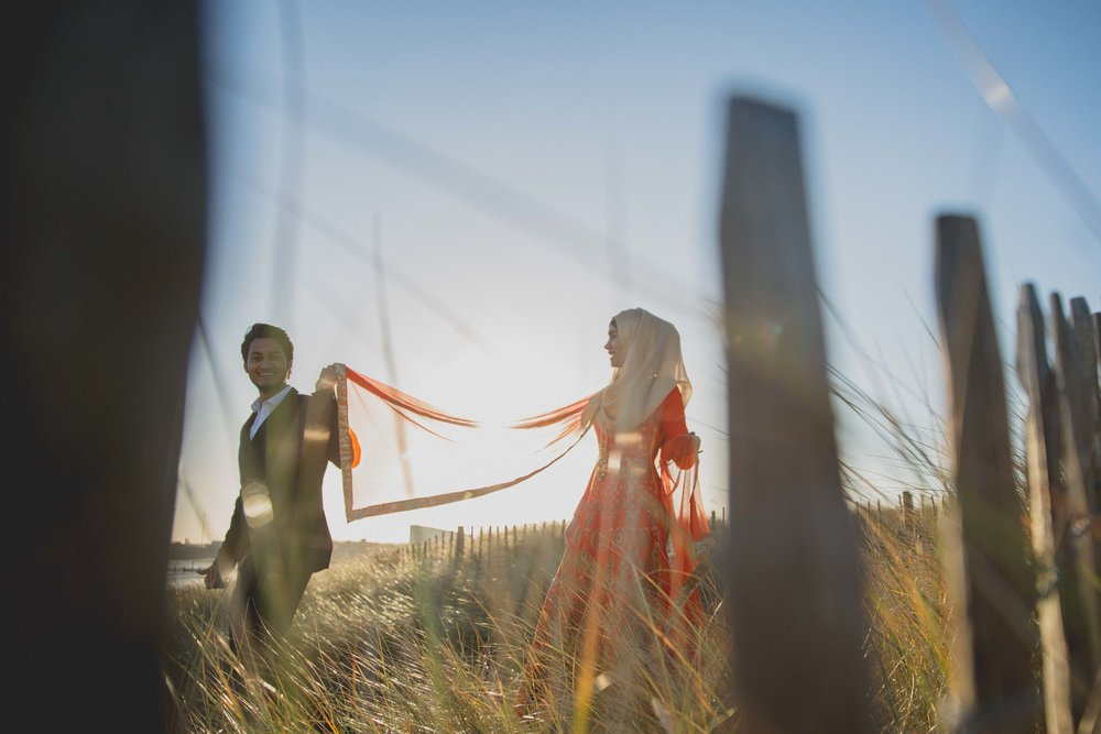 newcastle-beach-lighthouse-couple-prewedding-pre-wedding-shoot-asian-wedding-photographer-natalia-smith-photography-10.jpg