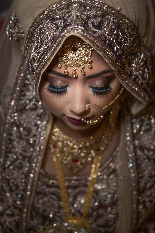 Female-Asian-Piccadilly-banqueting-suite-Wedding-Photographer-Birmingham-natalia-smith-photography-4.jpg