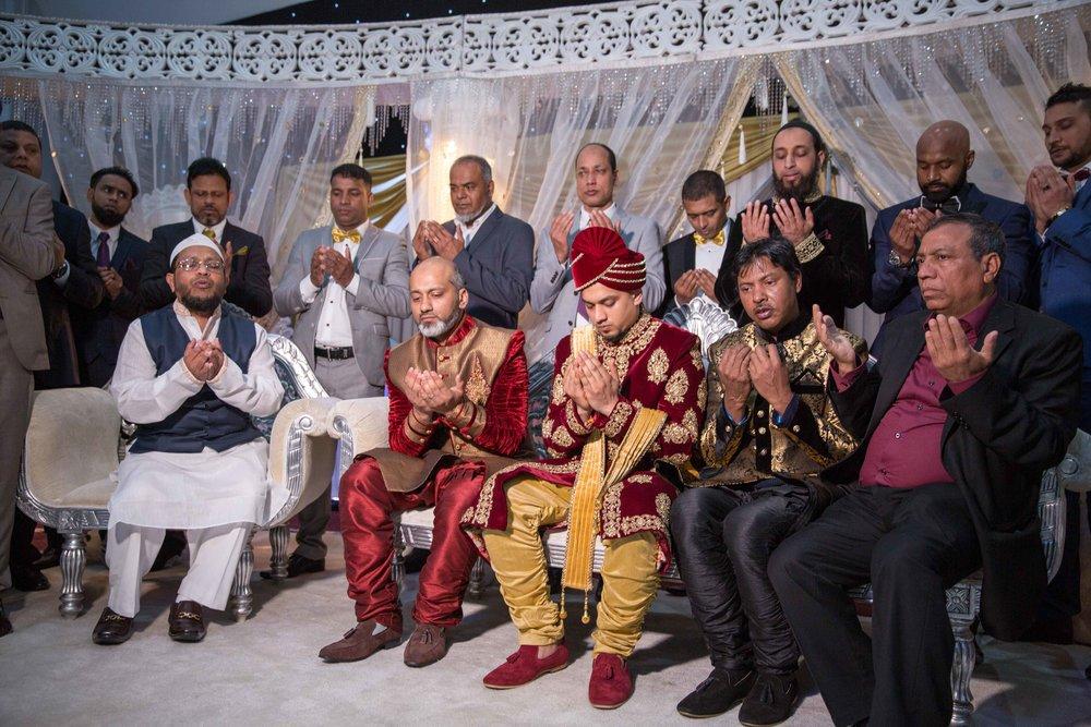 Female-Asian-Piccadilly-banqueting-suite-Wedding-Photographer-Birmingham-natalia-smith-photography-18.jpg