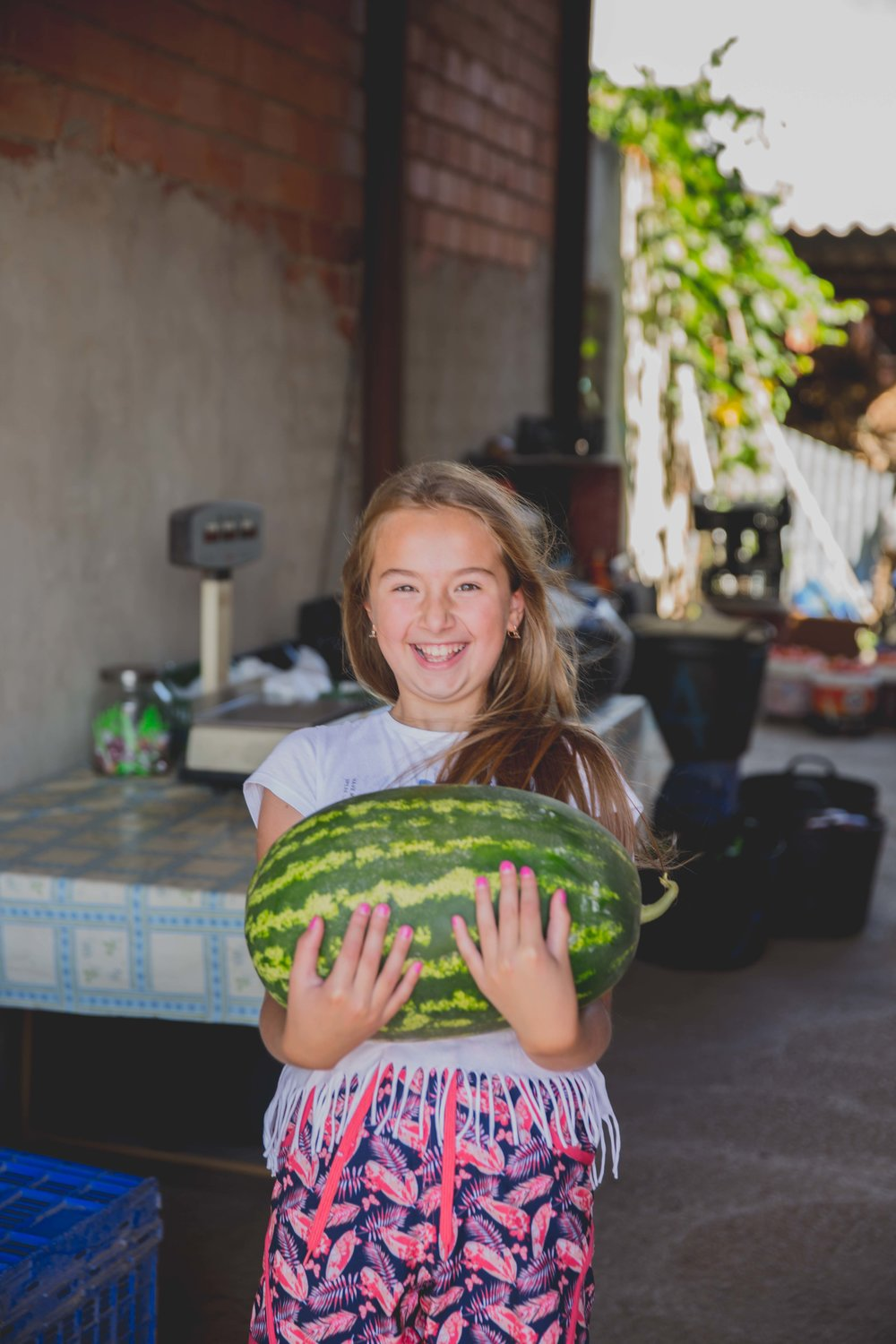 Spain-Valencia-holidays-travelling-travel-beach-sun-summer-family-natalia-smith-photography-watermelon-3.jpg