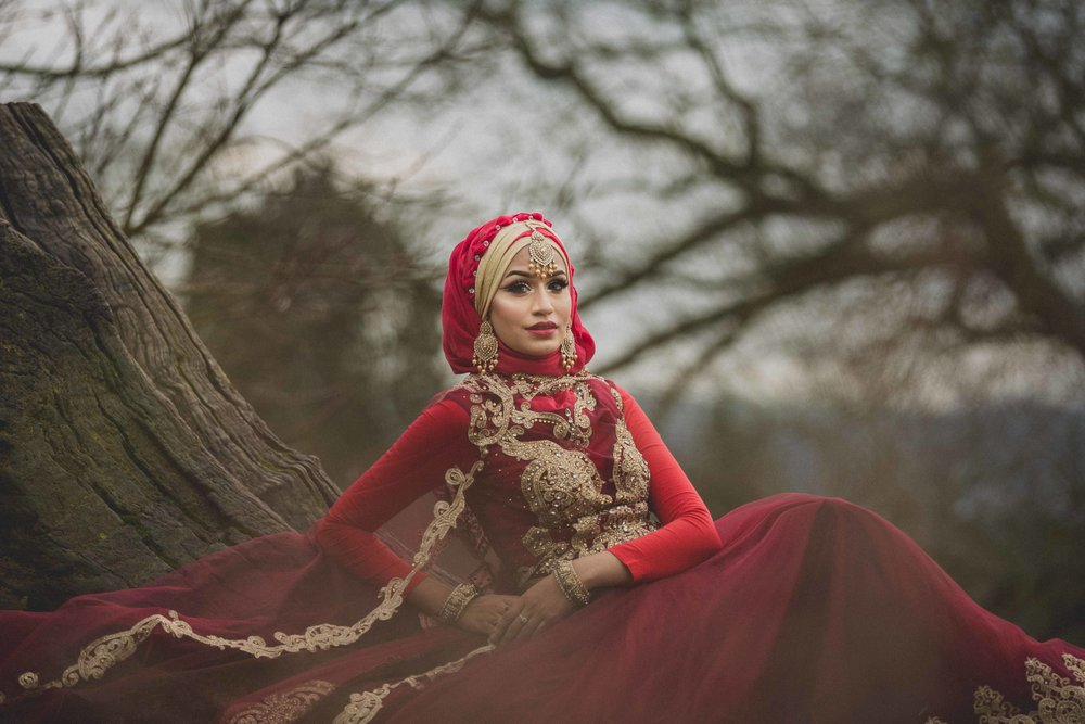modest-street-aisha-rahman-fashion-photography-london-bristol-natalia-smith-photography-tree-ashton-court-bristol-wedding-12.jpg