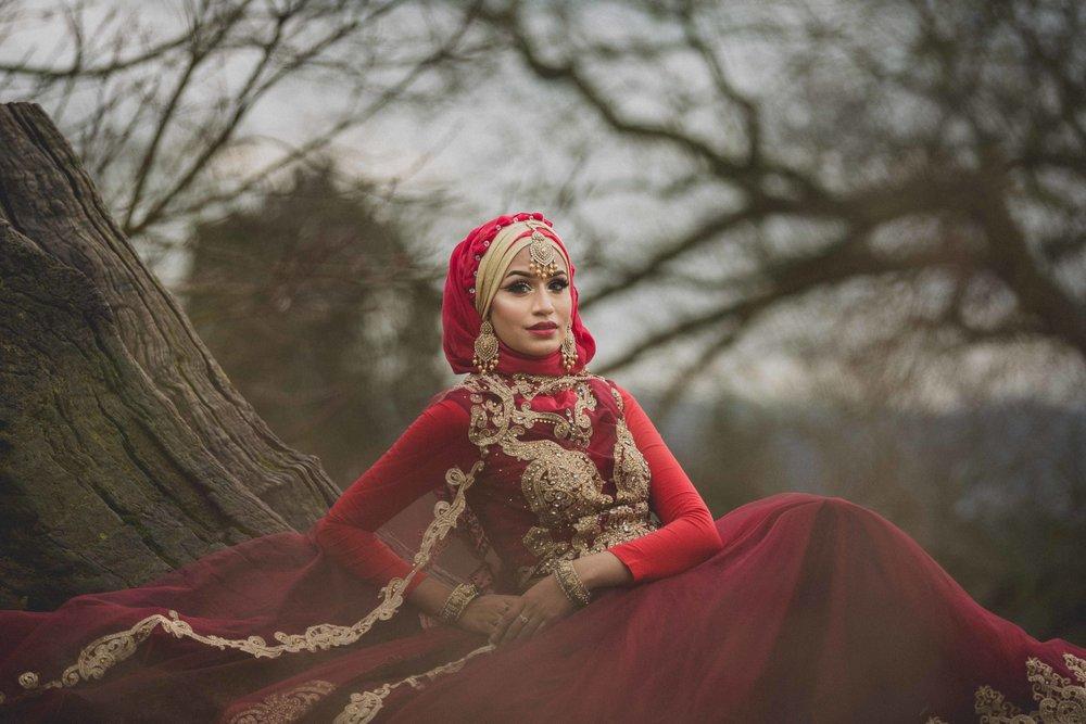 modest-street-aisha-rahman-fashion-photography-london-bristol-natalia-smith-photography-tree-ashton-court-bristol-wedding-12.jpg
