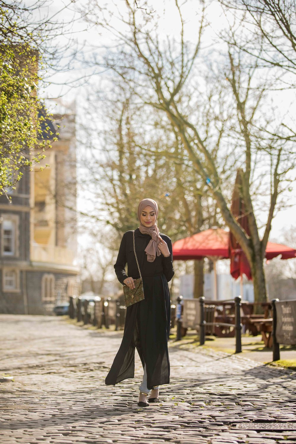 modest-street-aisha-rahman-fashion-photography-london-bristol-natalia-smith-photography-abaya-9.jpg