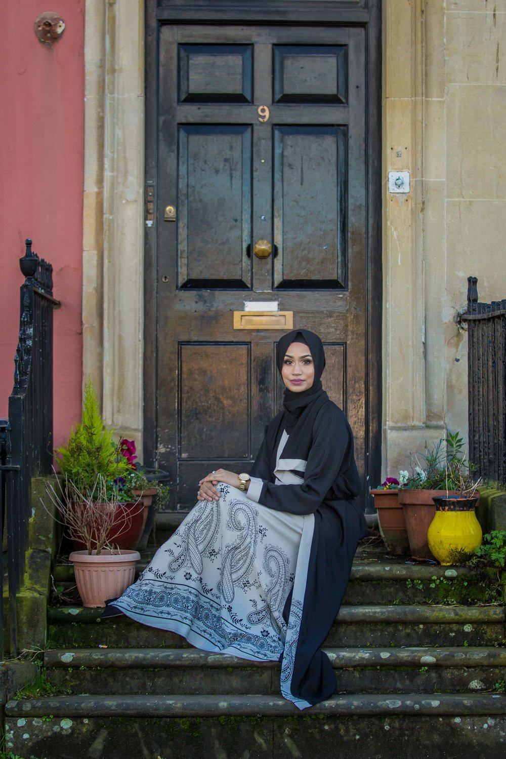 modest-street-aisha-rahman-fashion-photography-london-bristol-natalia-smith-photography-abaya-7.jpg