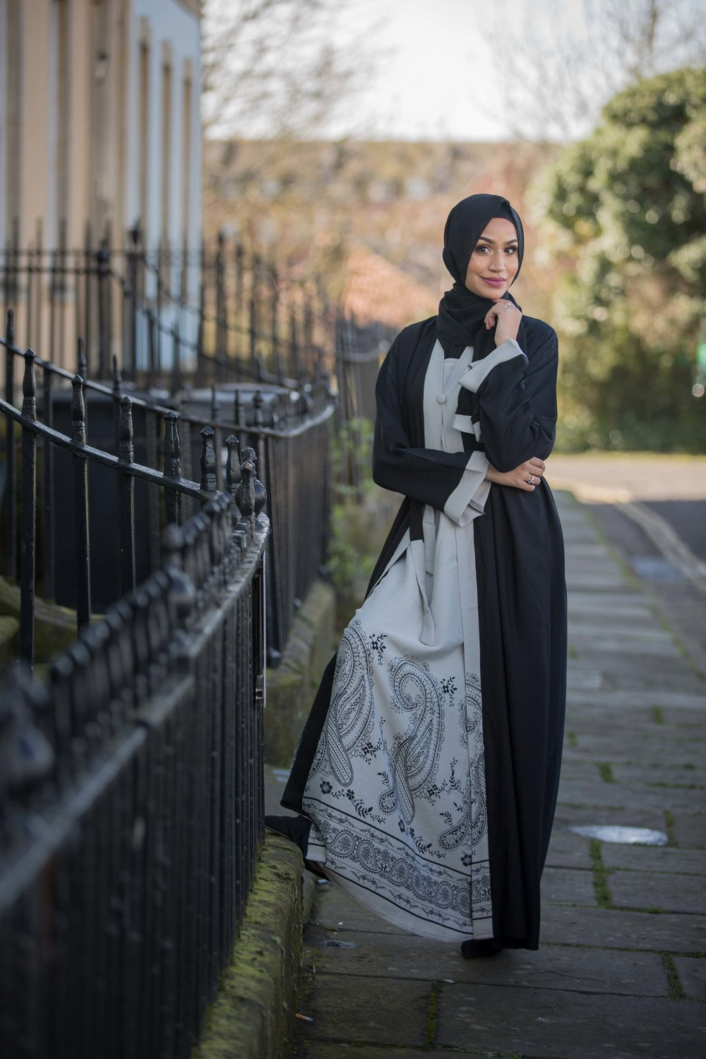 modest-street-aisha-rahman-fashion-photography-london-bristol-natalia-smith-photography-abaya-6.jpg