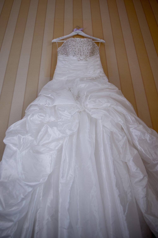 Female-wedding-photographer-cardiff-new-house-hotel-cardiff-natalia-smith-photography-1.jpg