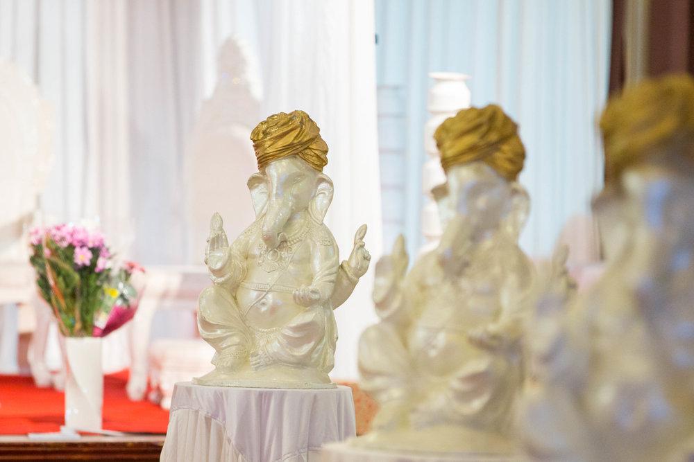asian-Hindu-wedding-photographer-london-natalia-smith-photography-18.jpg