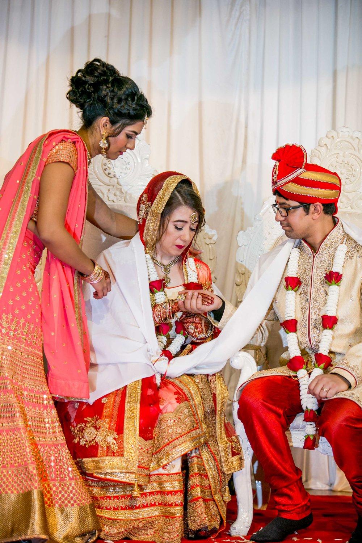 asian-Hindu-wedding-photographer-birmingham-abbey-park-leicester-natalia-smith-photography-36.jpg