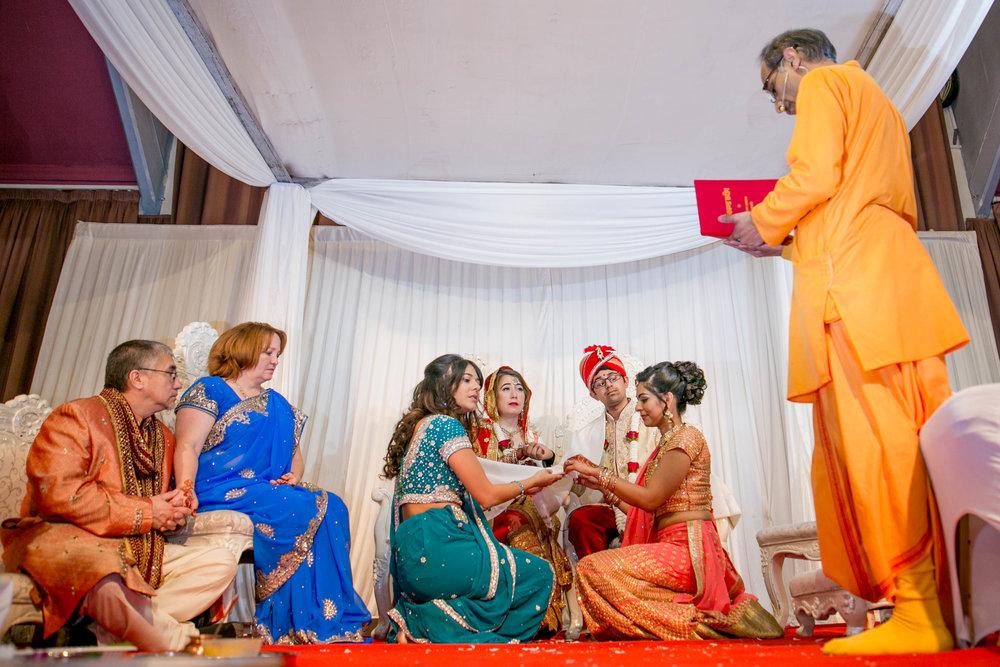 asian-Hindu-wedding-photographer-birmingham-abbey-park-leicester-natalia-smith-photography-35.jpg
