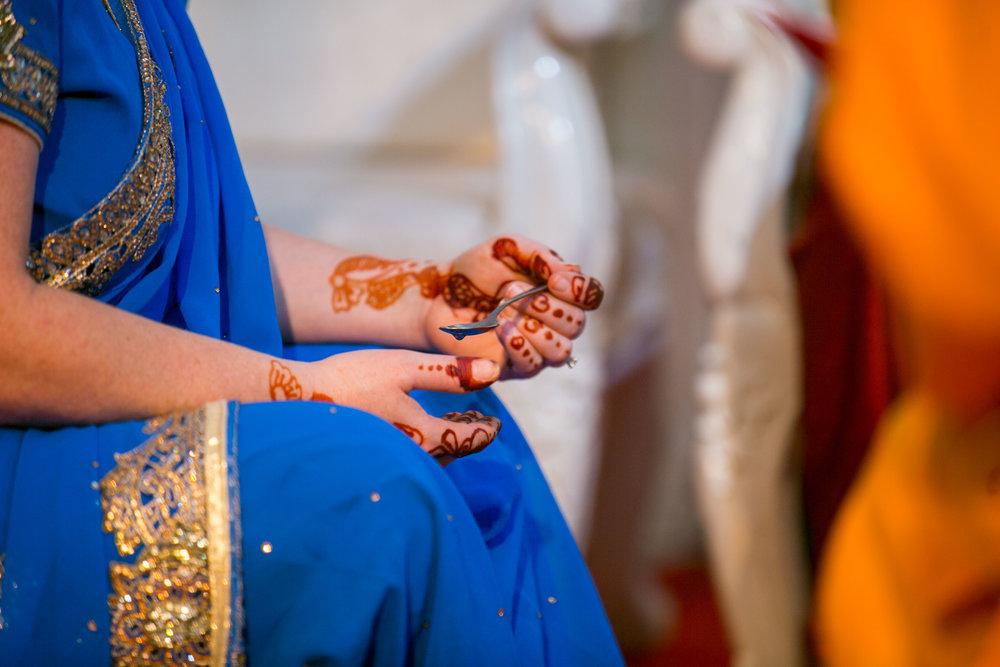asian-Hindu-wedding-photographer-birmingham-abbey-park-leicester-natalia-smith-photography-29.jpg