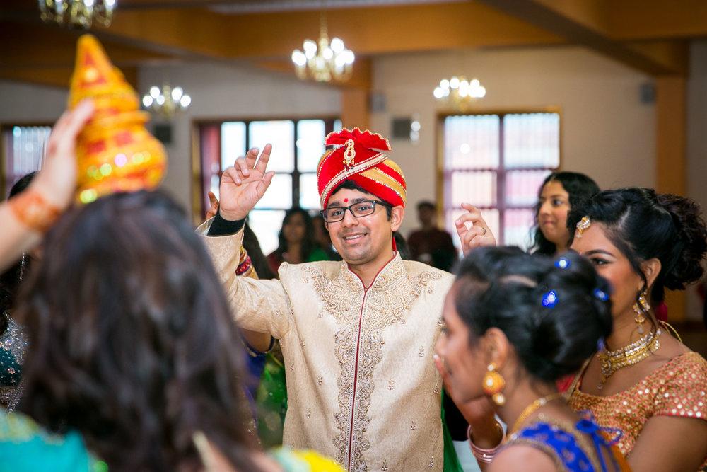 asian-Hindu-wedding-photographer-birmingham-abbey-park-leicester-natalia-smith-photography-27.jpg
