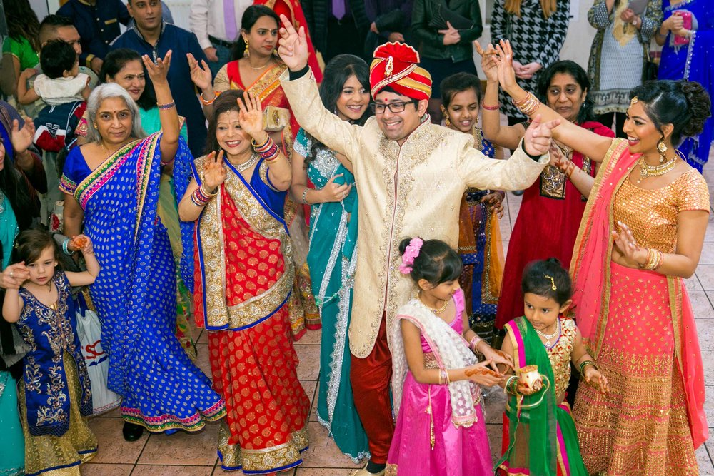 asian-Hindu-wedding-photographer-birmingham-abbey-park-leicester-natalia-smith-photography-25.jpg