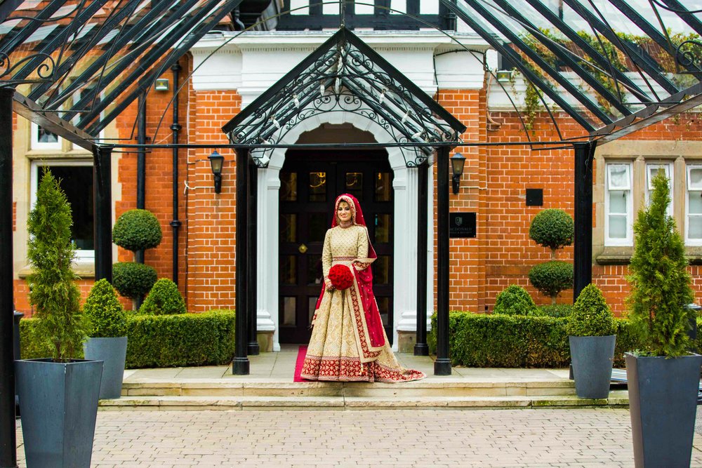 Macdonald-Berystede-Hotel-wedding-female-asian-wedding-photographer-london-natalia-smith-photography-26-2.jpg