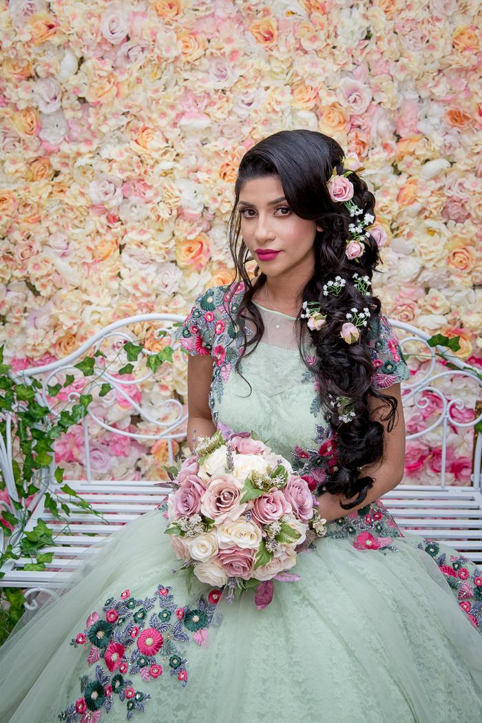 Female-Asian-wedding-photographer-london-mehndi-cardiff-natalia-smith-smita-photography-0060.jpg