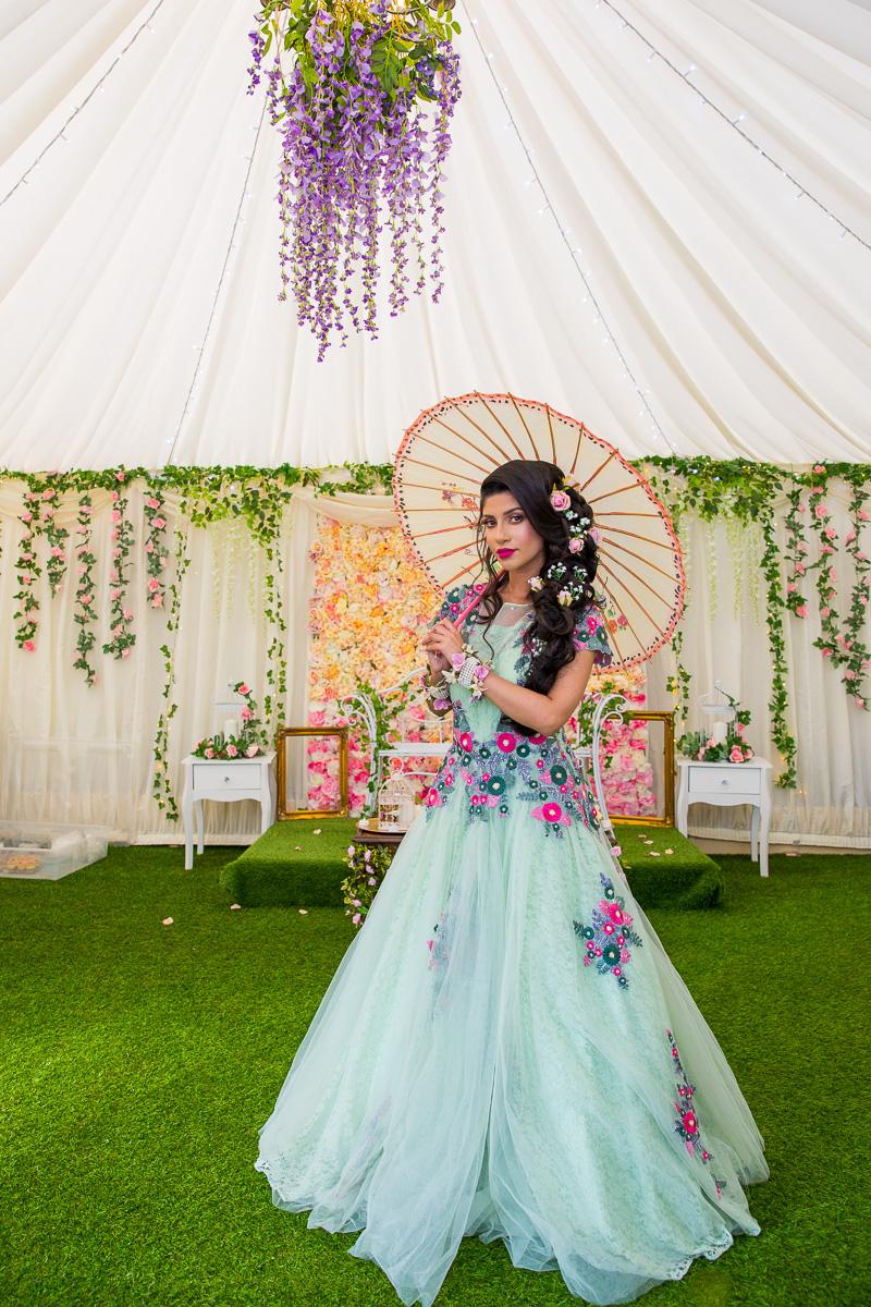 Female-Asian-wedding-photographer-london-mehndi-cardiff-natalia-smith-smita-photography-0081.jpg