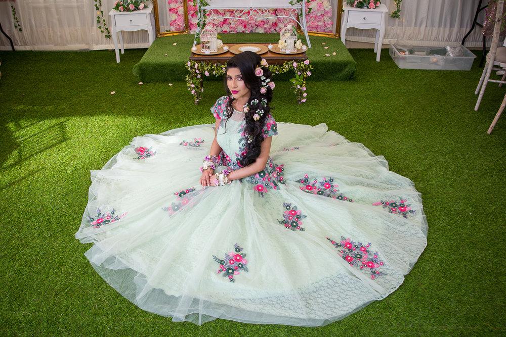 Female-Asian-wedding-photographer-london-mehndi-cardiff-natalia-smith-smita-photography-0080.jpg