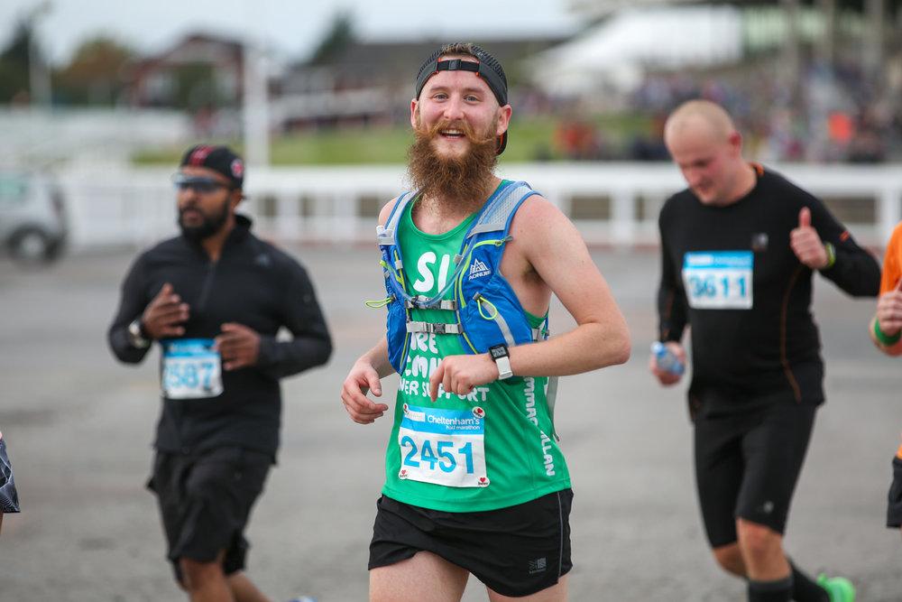 Macmillan-charity-marathon-run-cheltenham-racecourse-september-2018-natalia-smith-photography0185.jpg