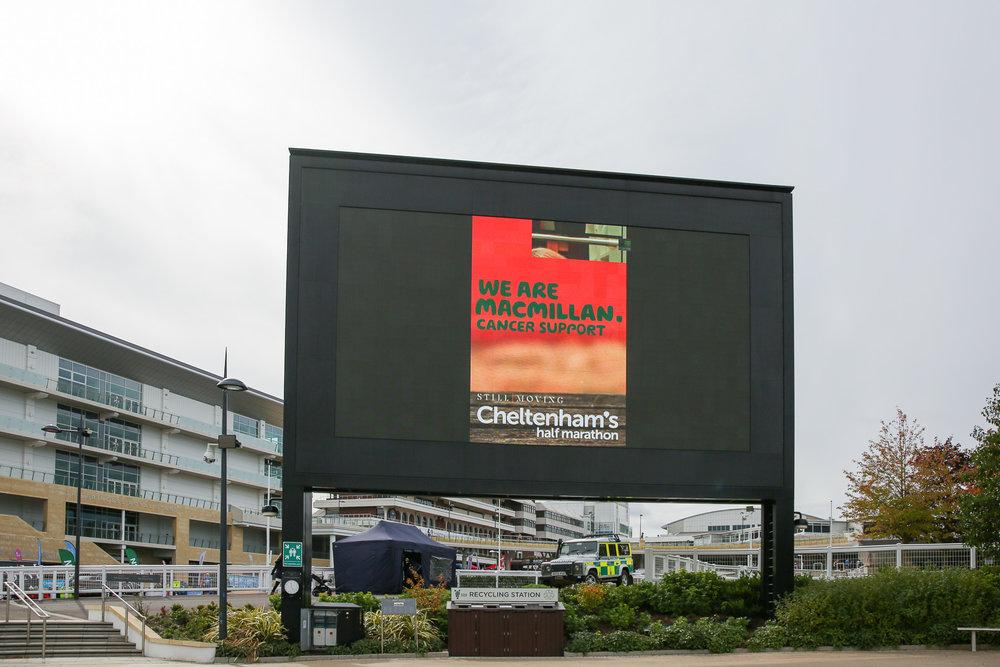 Macmillan-charity-marathon-run-cheltenham-racecourse-september-2018-natalia-smith-photography0361.jpg