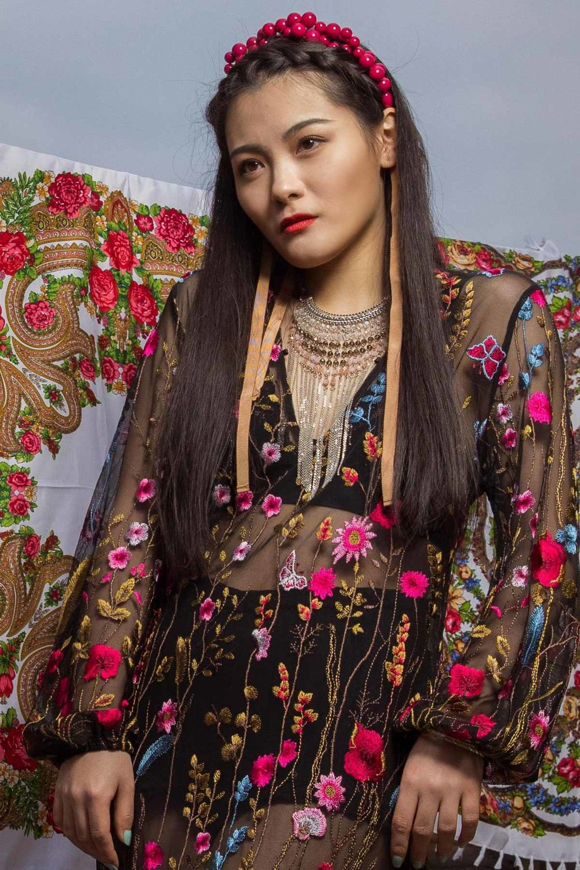 russian-style-fashion-model-Русский-стиль-кокошник-павловопосадский-платок-london-natalia-smith-photography-1.jpeg-0003.jpg