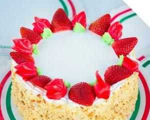 JPG Diandas Italian American Pastry BirthdayCake 2880x2304 IG 1080x1080 Matcha