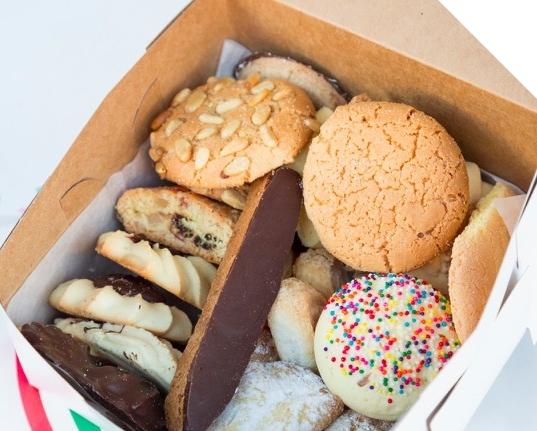 Diandas Italian American Pastry_BoxAssortedCookies_2880x2304_IG_1080x1080_Matcha.JPG