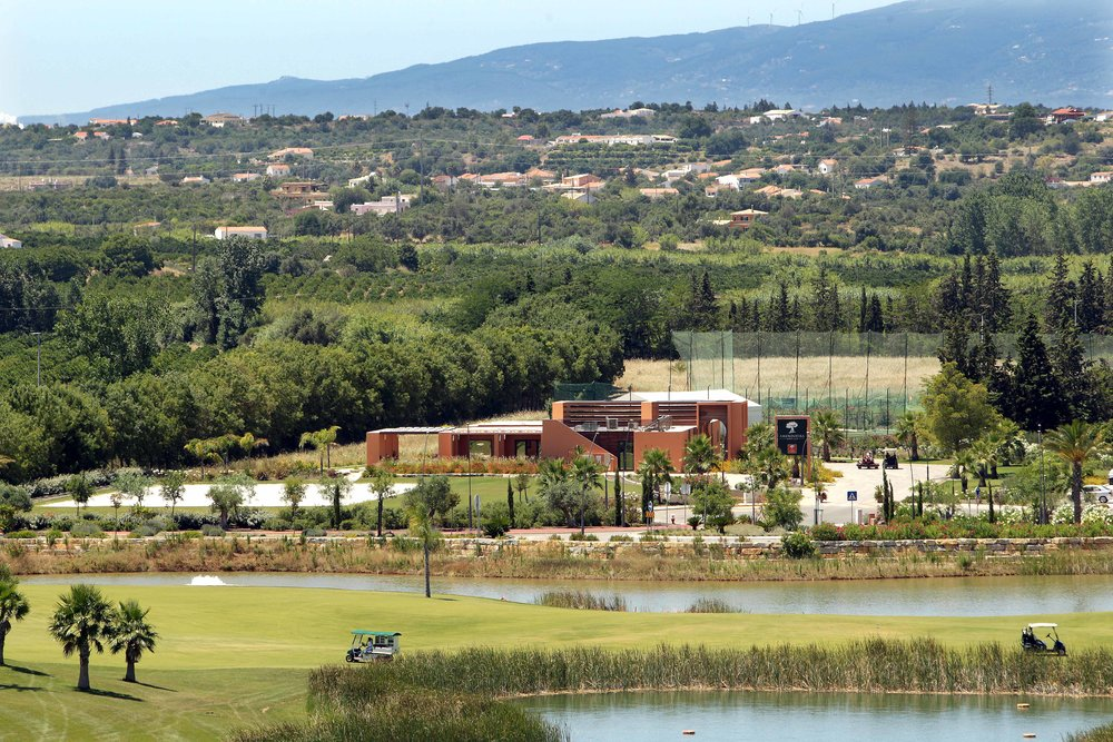 Amendoeira Sports Club location.jpg