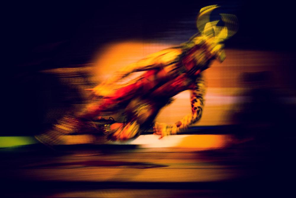 wojtek-jakubiec-photographer-montreal-mayan-mexico-documentary-Mayan-showman.jpg