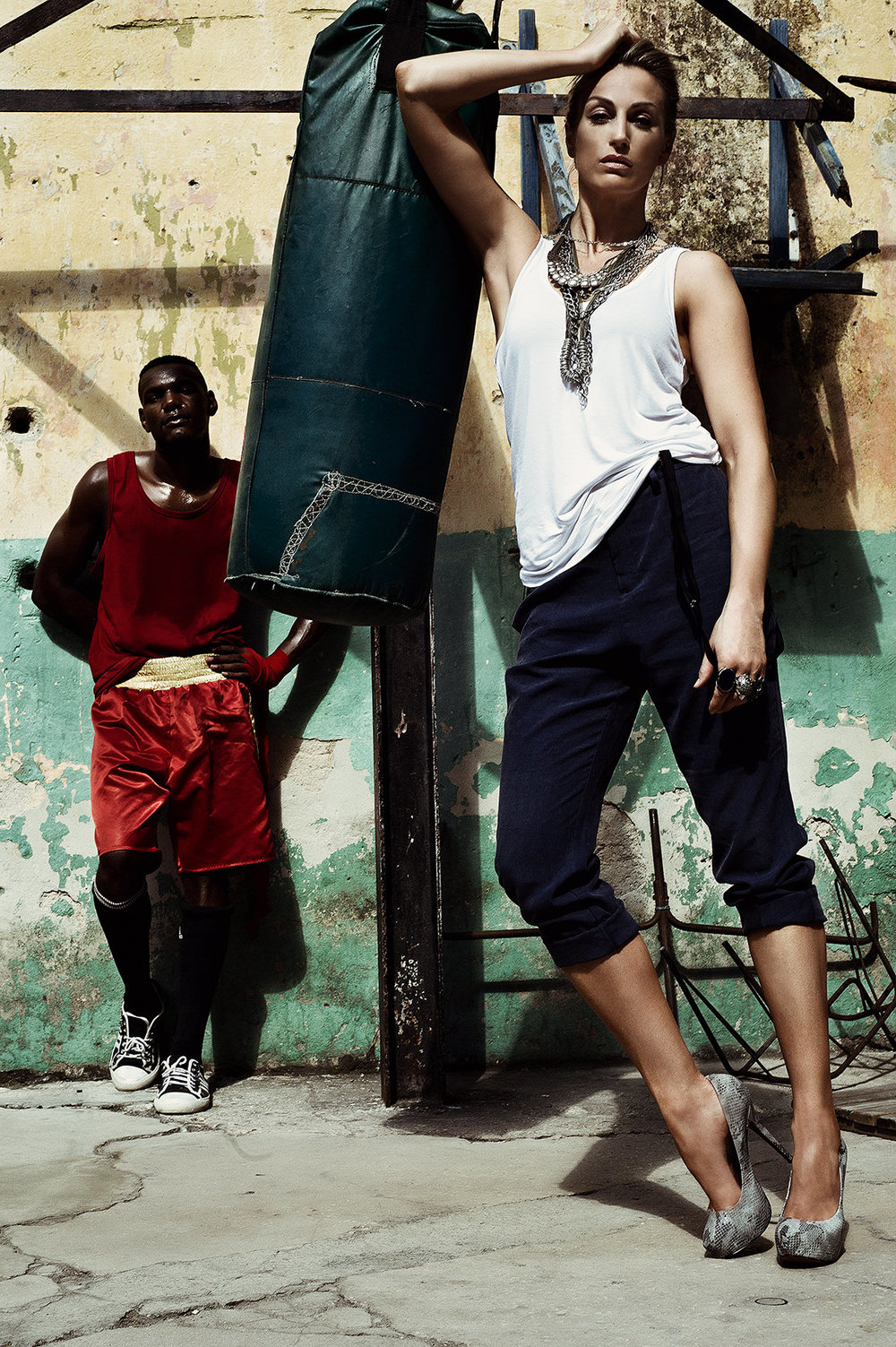 woman-in-boxing-gym-in-cuba.jpg