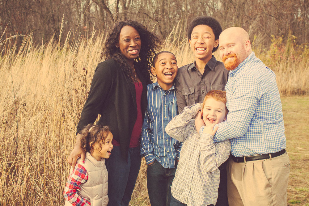 laughing-family-pictures.jpg
