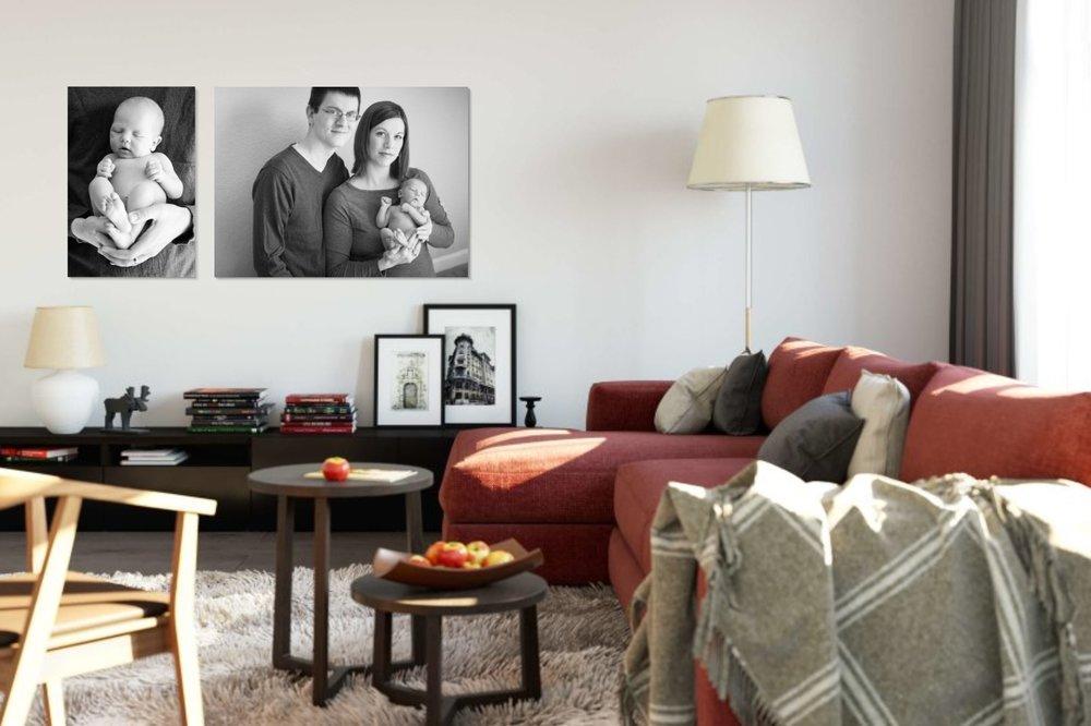 newborn-family-portraits-in-livingroom.jpg