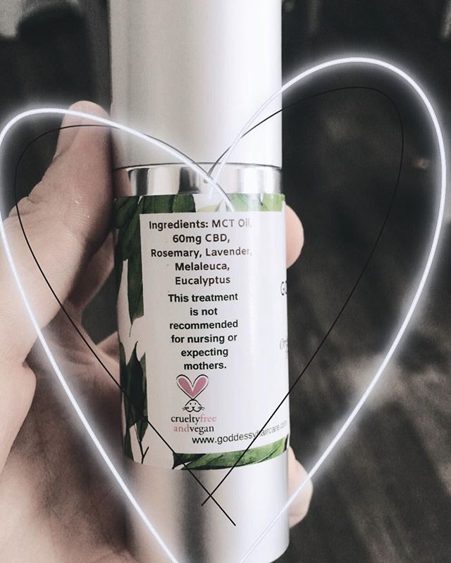 Ingredients you already know & love. Healthier hair starts from a healthy scalp. 💆🏼♀️ . . #haircare #crueltyfree #cbdinfused #poweredbyanandahemp