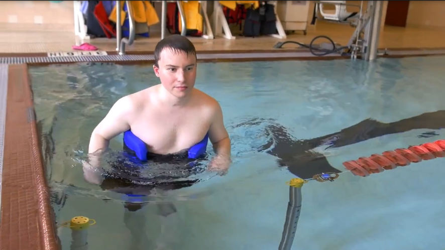 Pool lane gate and swimmer with swim belt