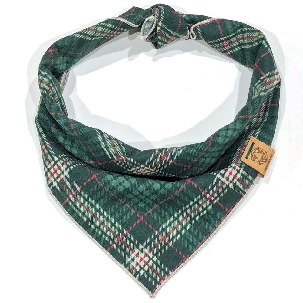 green-plaid-dog-bandana-for-christmas.jpg