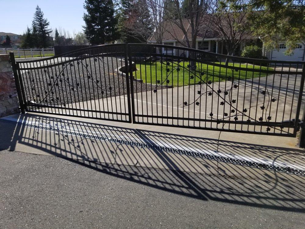 custom driveway gate