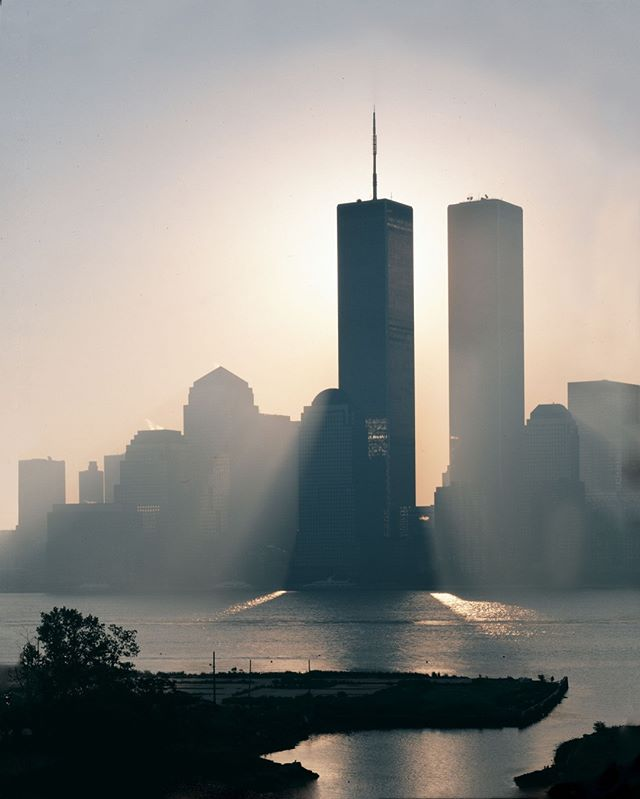 17 years ago today hundreds of men and women lost their lives and people that they love. Our thoughts and prayers are with them, their families and their friends. ˙ Stand by one another today and be there for those who are greiving.