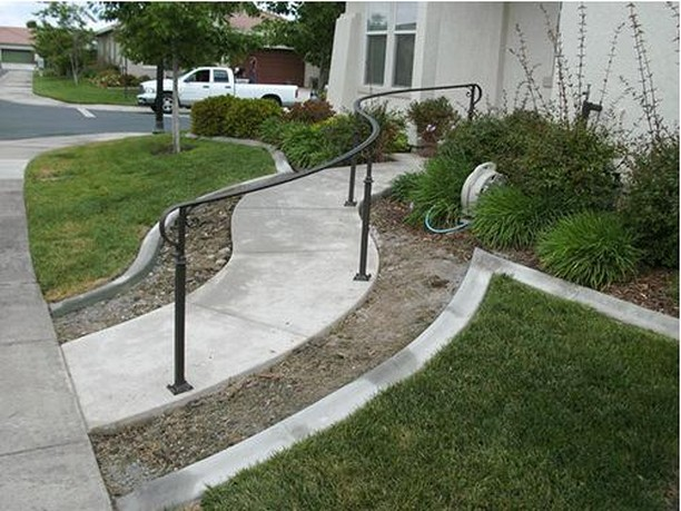 Alright, it might as well be handrail month here at Irish Iron. If you're in need of a new handrail for your home or business, we're ready for you! ˙ ˙ ˙ #sacramentohomeowners #sacramentohomes #sacramentorealestate #sacramento #folsom #elkgrove #fairoaks #roseville #rocklin