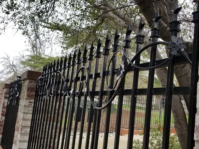 Simple accents, yet still a gorgeous fence to supplement the design of and protect this home. What do you think? Would you want something like this around your house, or something a bit more simple? ˙ ˙ ˙ ˙ ˙ #sacramentohomes #sacramento #irishiron #ironworks #sacramentohouses #sacramento #homeowners #ornamentaliron #ironfence #newhomesacramento #newhome #roseville #elkgrove #realestatefolsom #realestaterocklin #realestateroseville #rocklin #ironhandrails