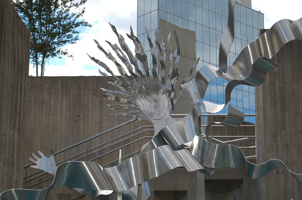3.d-Ono-Ecstasy-of-Love-2006.-Stainless-steel-412-x-244-x-304-cm-x.jpg
