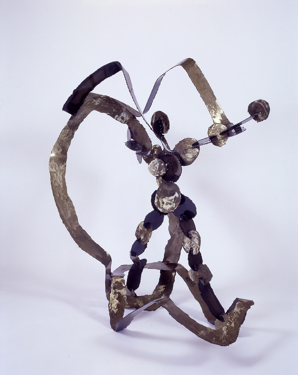 15.b-Ono-Struggle-1998.-Steel-146.3-x-149.4-x-100.6-cm-x.jpg