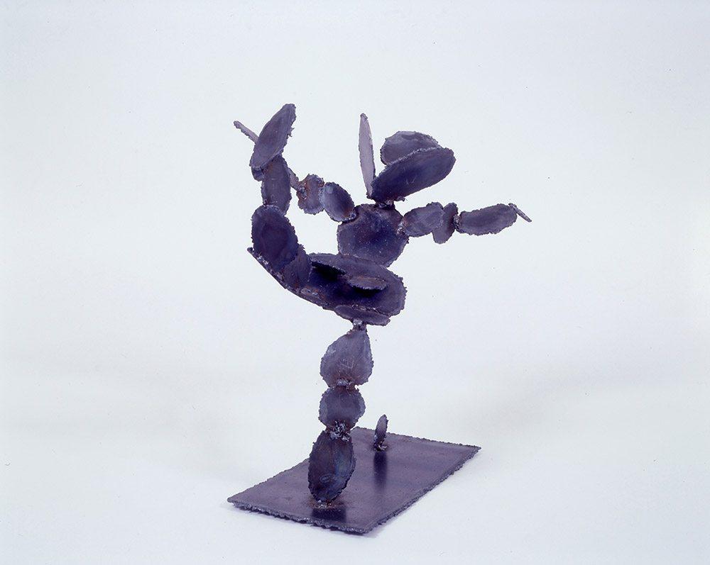 14.c-Ono-Flying-Cactus-1997.-Steel-53.3-x-61-x-25.4-cm-x.jpg