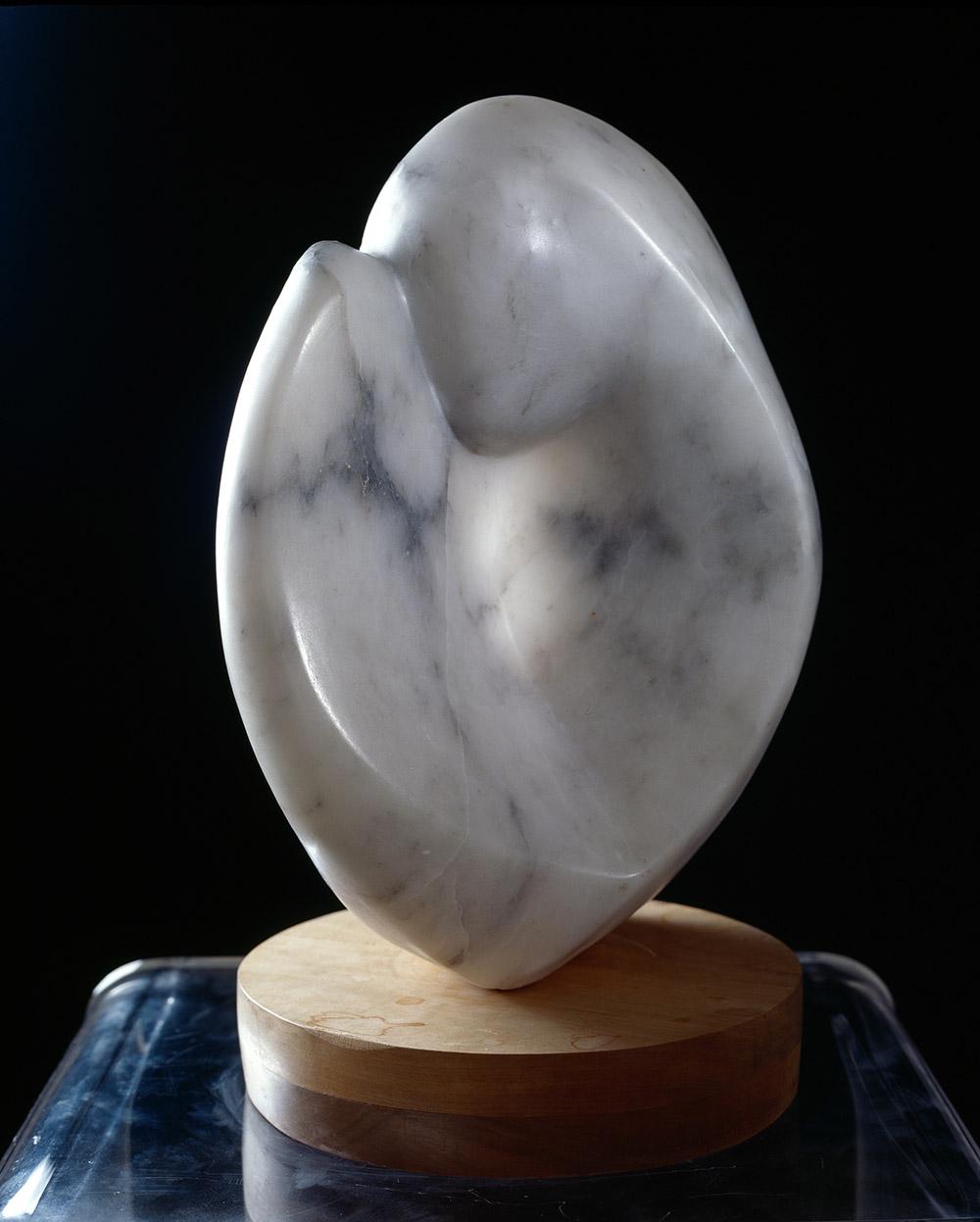 22.b-Ono-Love-1987.-Alabaster-33-x-25.4-x-15.2-cm-x.jpg