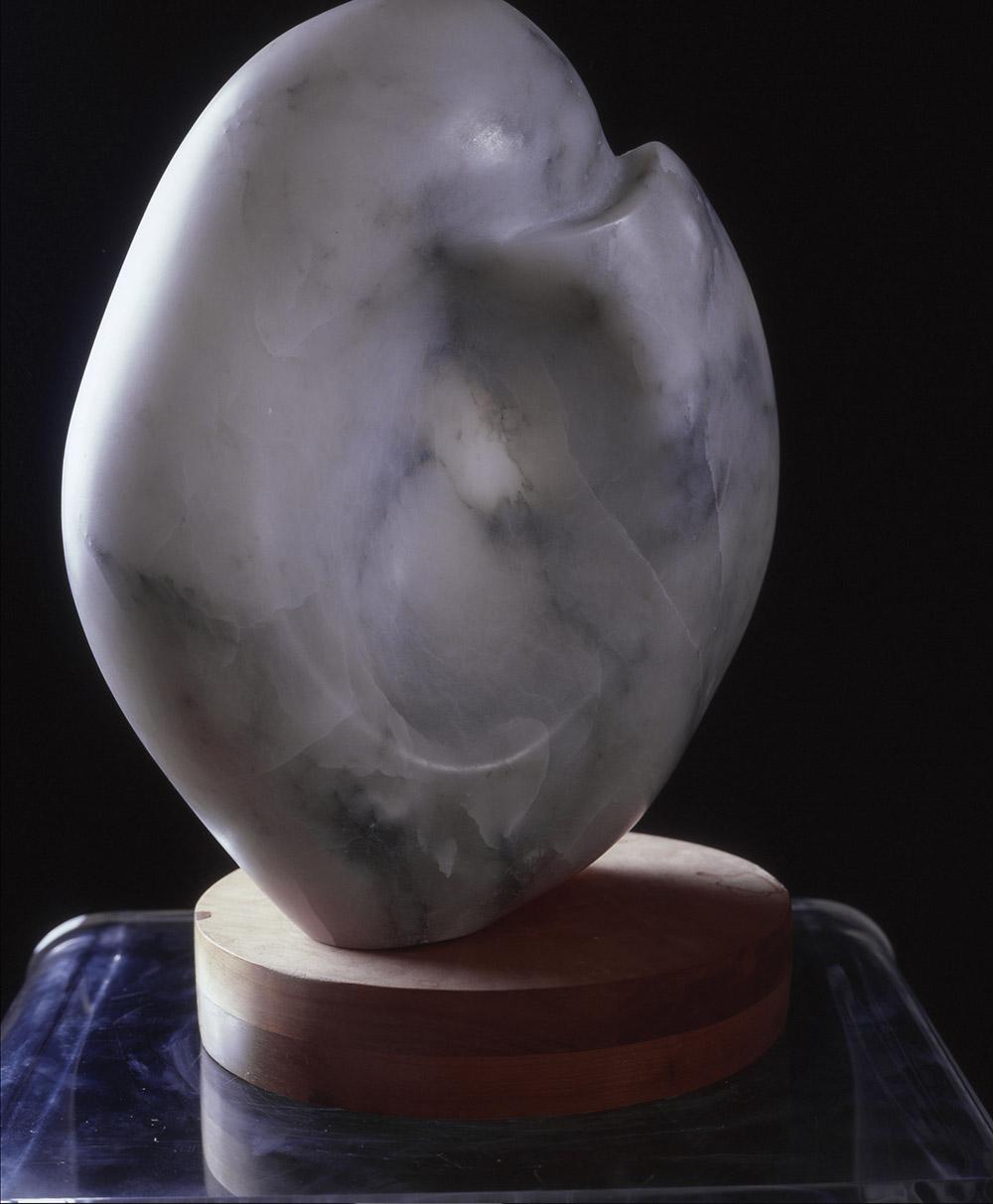 22.c-Ono-Love-1987.-Alabaster-33-x-25.4-x-15.2-cm-x.jpg