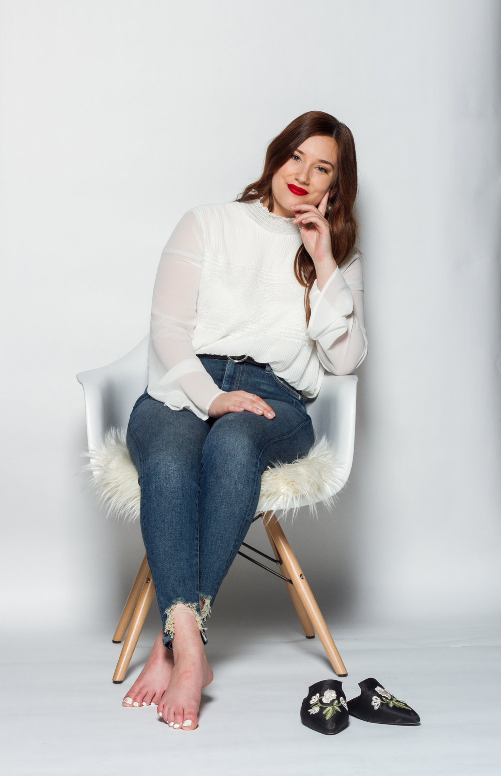 about jacqueline - After spending several years exploring many different facets of the fashion and social media industries, Jacqueline decided to merge her creative passions into creating JMK Media.Read More
