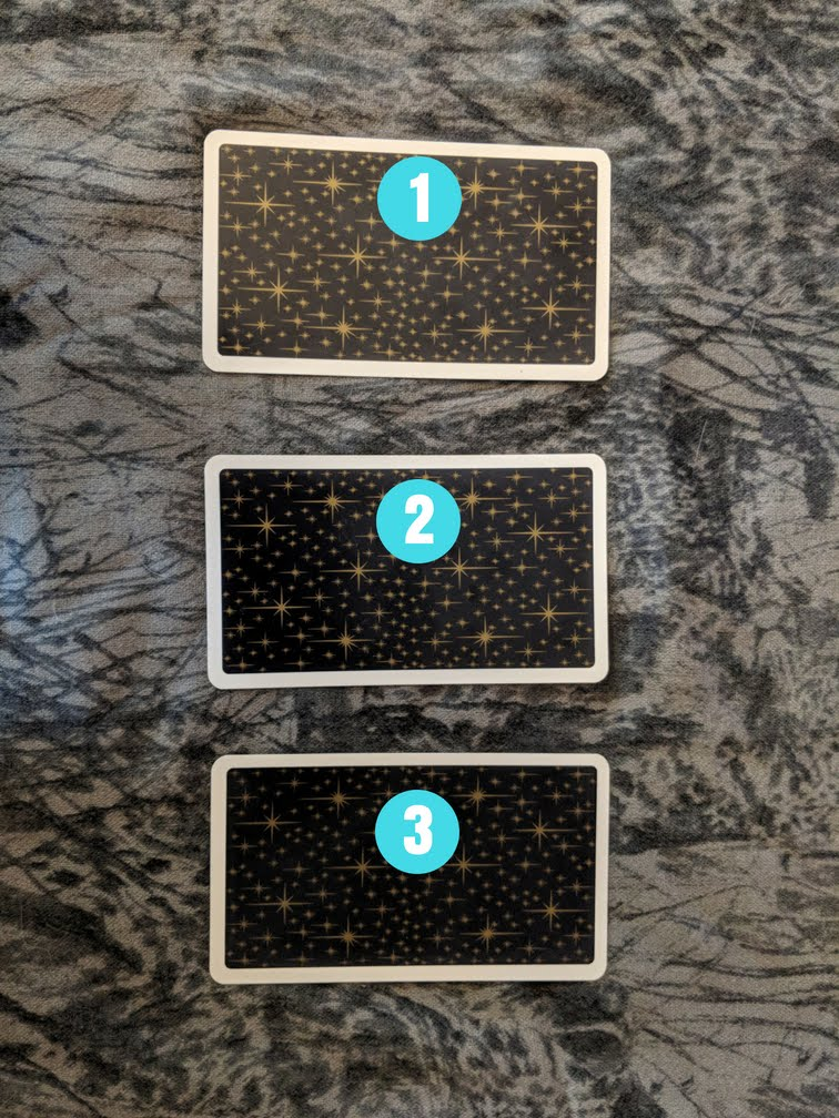 DAILY TAROT SPREADS.jpg