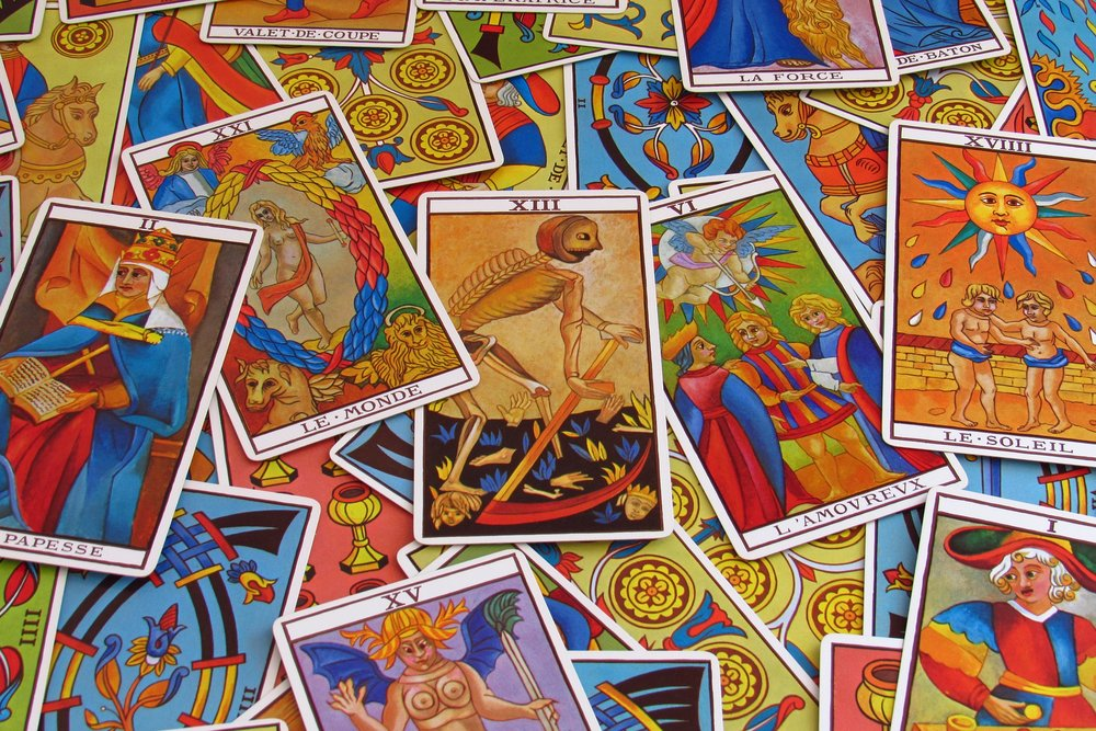 shuffling tarot cards.jpg