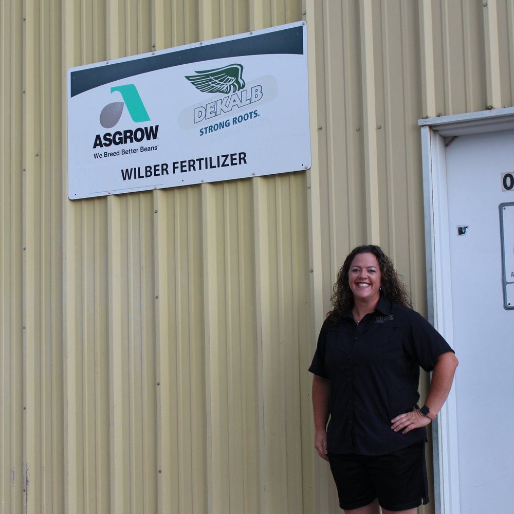 becky wilber fertilizer services.JPG