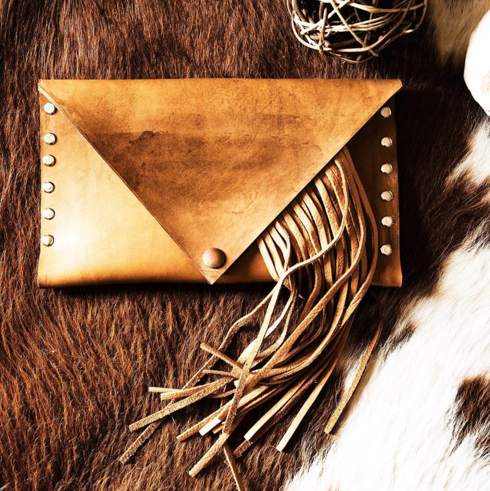 ali nelson photography dos rios leather co.png